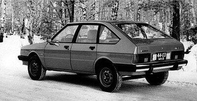 Один из первых образцов будущего Москвич-2141.Вид сзади